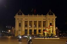 Vietnam saves over 800 million VND worth of electricity during Earth Hour