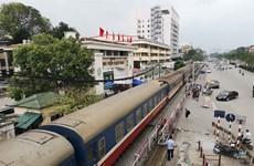 Hanoi, HCM City limit transport to prevent spread of SARS-CoV-2