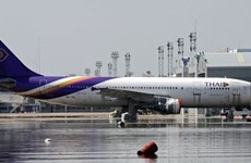 Thai government won't let flag carrier collapse