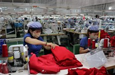 Hanoi trade union helps over 50,000 workers affected by COVID-19