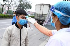 Health Ministry sends experts to help Hanoi fight COVID-19