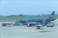 Vietnam Airlines brings 12 Vietnamese stranded in Japan home