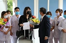 Three COVID-19 patients in Ninh Binh, Quang Ninh discharged