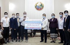 Vietnamese giant HAGL helps Laos buy medical supplies against COVID-19