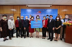 Vietnamese people join Cuba's efforts to cope with COVID-19