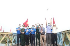 """""""I love my Fatherland"""" journey launched in Quang Tri"""