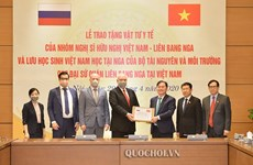 Vietnam donates medical supplies to help Russia fight COVID-19