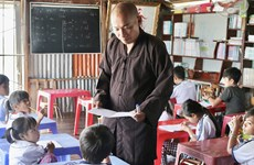 Floating classroom helps children in fishing village integrate into community