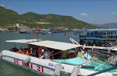 New 12-dock tourist pier on trial run in Nha Trang