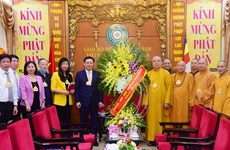 Hanoi leader extends greetings on Lord Buddha's birthday