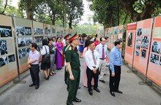 Hanoi photo exhibition spotlights President Ho Chi Minh