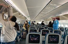 Airlines allowed to operate at full capacity, end seat distancing from 00:00 on May 7