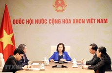 Vietnamese, Lao National Assembly leaders hold phone talks