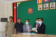 Vietnam helps Cambodian detention centres battle COVID-19
