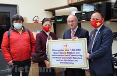 COVID-19: 100,000 masks presented to 16 German states