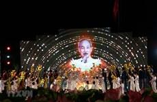 Live art programme marks President Ho Chi Minh's birthday