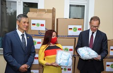 Berlin Mayor appreciates Vietnamese expats' charity work