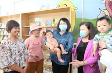 Vice State President visits children with cancer at K Hospital