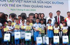 Vice State President visits kids in Quang Nam on Children's Day