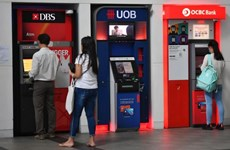 Singaporean banks record spike of deposits