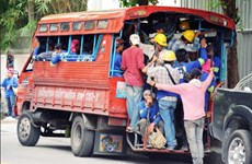 Thailand allows migrant workers to work in Thailand until July 31