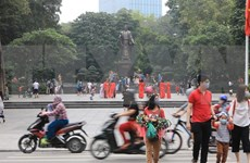 Hanoi starts welcoming more visitors