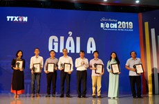 Winners of Vietnam News Agency Press Awards honoured