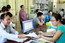 Voluntary social insurance attracts more participants