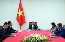 Vietnamese, French PMs talk COVID-19 fight, cooperation enhancement
