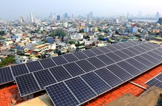 Seminar explores financing options for rooftop solar power installation