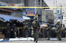 Philippines: Two policemen killed in attack
