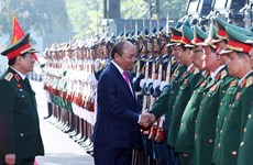 Prime Minister attends 10th army emulation congress