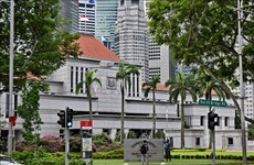 Singapore dissolves parliament to prepare for election