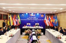 ASEAN governments, parliaments boost ties to build people-centred community