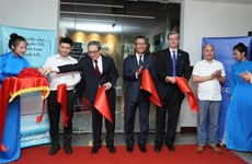 Qualcomm launches first R&D facility in region in Hanoi