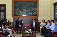 Vietnam, US look to expand press cooperation