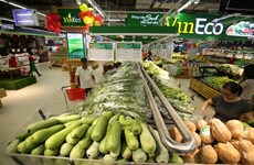Pork, oil prices key to keeping inflation under control: experts