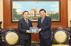 HCM City enhances cooperation with Laos, Hungary