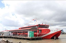 Ca Mau launches first express boat service to Nam Du, Phu Quoc