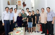NA Chairwoman visits policy beneficiary families in Quang Nam, Da Nang