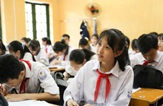 Hanoi tops nation in literate rate among people aged above 15