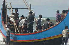 26 Rohingya feared drowned found alive off Malaysian coast