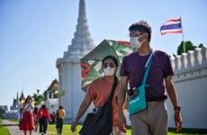 Thailand seeks to draw foreign tourists