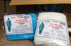 Four prosecuted for selling fake medical clothing