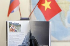 Russian book features modern, innovative Vietnam
