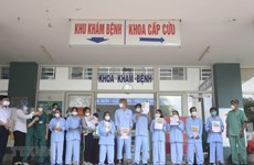 Another 12 COVID-19 patients in Da Nang, Quang Nam given all-clear