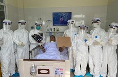 Two COVID-19 patients successfully treated in Da Nang