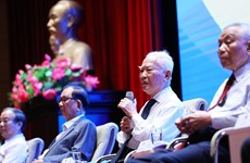 Diplomatic sector's 75-year experiences shared at Hanoi conference