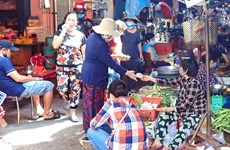 Strict COVID-19 preventive measures needed at HCM City's markets