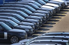 Auto sales fall 14 percent in August